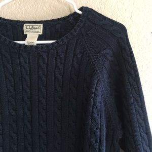 L.L.Bean Navy Blue Cable Knit Sweater Size Large
